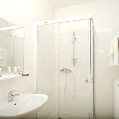 Отель Stary Pivovar Чехия, Прага - 11 отзывов об отеле, цены и фото номеров - забронировать отель Stary Pivovar онлайн ванная