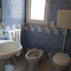 Отель Villa Grazia Римини ванная