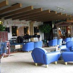 Отель Four Wings Бангкок интерьер отеля фото 2