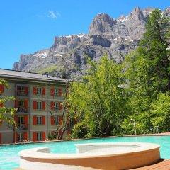 Отель Les Sources Des Alpes бассейн фото 2