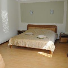 Гостиница Загородный комплекс Ю-Питер комната для гостей