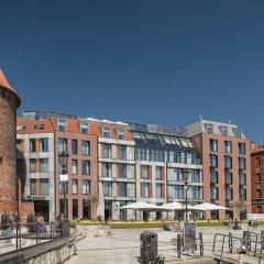 Отель Hilton Gdansk Польша, Гданьск - 6 отзывов об отеле, цены и фото номеров - забронировать отель Hilton Gdansk онлайн приотельная территория фото 2