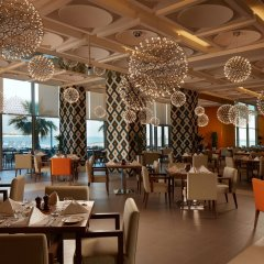Royal M Hotel & Resort Abu Dhabi питание