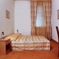 Отель Dora комната для гостей