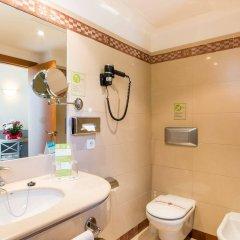 Отель Artiem Capri Испания, Махон - отзывы, цены и фото номеров - забронировать отель Artiem Capri онлайн ванная