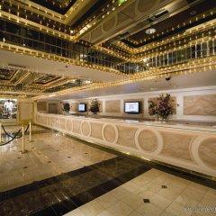 Отель Four Queens Hotel and Casino США, Лас-Вегас - отзывы, цены и фото номеров - забронировать отель Four Queens Hotel and Casino онлайн интерьер отеля
