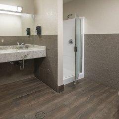 Отель Arizona Charlie's Boulder - Casino Hotel, Suites, & RV Park США, Лас-Вегас - отзывы, цены и фото номеров - забронировать отель Arizona Charlie's Boulder - Casino Hotel, Suites, & RV Park онлайн ванная