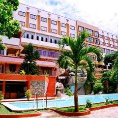 Отель Dam San Hotel Вьетнам, Буонматхуот - отзывы, цены и фото номеров - забронировать отель Dam San Hotel онлайн бассейн