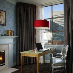 Отель Carriage Inn в номере