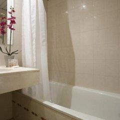 Отель Vendome-Saint Germain Hotel Франция, Париж - отзывы, цены и фото номеров - забронировать отель Vendome-Saint Germain Hotel онлайн ванная фото 2