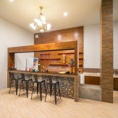 Отель Andaman Breeze Resort гостиничный бар