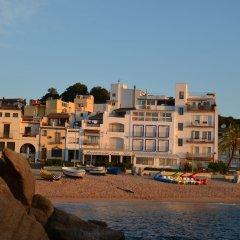 Отель Hostal Restaurant Sa Malica Бланес фото 6
