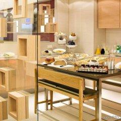 Отель Novotel Wien City Австрия, Вена - 1 отзыв об отеле, цены и фото номеров - забронировать отель Novotel Wien City онлайн питание фото 3