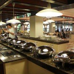 Отель Dubai Marine Beach Resort & Spa ОАЭ, Дубай - 12 отзывов об отеле, цены и фото номеров - забронировать отель Dubai Marine Beach Resort & Spa онлайн питание фото 2
