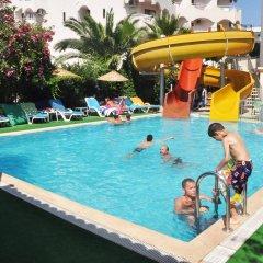 Aegean Park Hotel бассейн