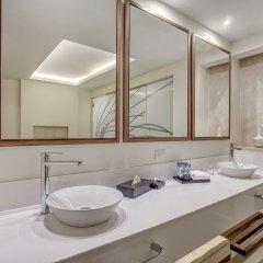 Отель Royalton Negril Resort & Spa - All Inclusive ванная фото 2
