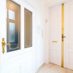 Апартаменты Vienna Residence Spacious Viennese Apartment for up to 5 Happy Guests Вена интерьер отеля