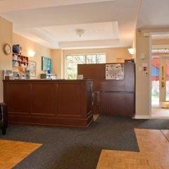 Отель ByWard Blue Inn Канада, Оттава - отзывы, цены и фото номеров - забронировать отель ByWard Blue Inn онлайн интерьер отеля фото 3