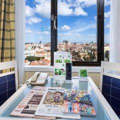 Отель Holiday Inn Lisbon Португалия, Лиссабон - 1 отзыв об отеле, цены и фото номеров - забронировать отель Holiday Inn Lisbon онлайн балкон