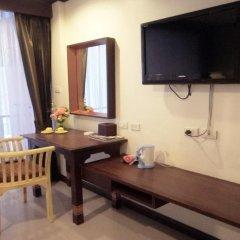 Отель House of Wing Chun Патонг удобства в номере фото 2