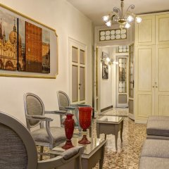 Отель GKK Exclusive Private Suites Venezia интерьер отеля