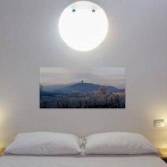 Отель Tenuta Le Sorgive Agriturismo Сольферино комната для гостей фото 2