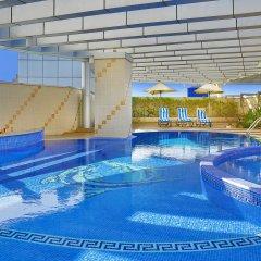 City Seasons Hotel Dubai бассейн