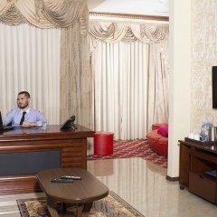 Отель Cron Palace Tbilisi Тбилиси интерьер отеля фото 2