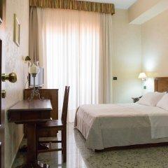 Отель Residence Arcobaleno Италия, Пальми - отзывы, цены и фото номеров - забронировать отель Residence Arcobaleno онлайн комната для гостей фото 3