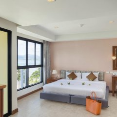 Отель By the Sea комната для гостей