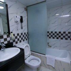 Отель Royal Falcon Дубай ванная фото 2
