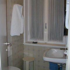 Отель Albergo Cristallo Италия, Леньяно - отзывы, цены и фото номеров - забронировать отель Albergo Cristallo онлайн ванная фото 2