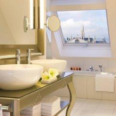 Отель Steigenberger Hotel Herrenhof Австрия, Вена - 9 отзывов об отеле, цены и фото номеров - забронировать отель Steigenberger Hotel Herrenhof онлайн ванная