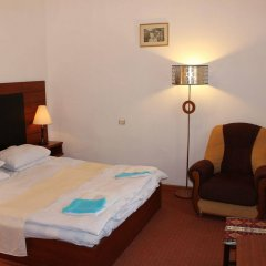 Diligence Hotel Дилижан сейф в номере