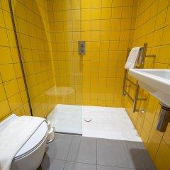Отель 2 Bedroom Home Near Peckham High Street ванная