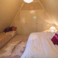 Отель Chateau Rouge En Sierra Nevada Сьерра-Невада комната для гостей фото 2