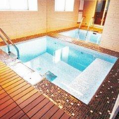 River Park Hotel бассейн