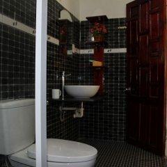 Отель Cam Chau Homestay Хойан ванная
