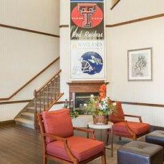 Отель Comfort Suites Plainview гостиничный бар