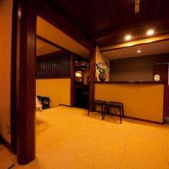 Отель Kusayane no Yado Ryunohige Япония, Хидзи - отзывы, цены и фото номеров - забронировать отель Kusayane no Yado Ryunohige онлайн интерьер отеля фото 2