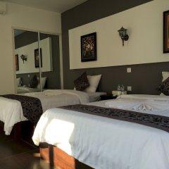 Отель Sea Breeze Resort комната для гостей