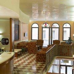 Отель Nazionale Италия, Тецце-суль-Брента - отзывы, цены и фото номеров - забронировать отель Nazionale онлайн интерьер отеля фото 2