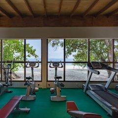 Отель Malahini Kuda Bandos Resort фитнесс-зал фото 3