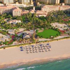 Отель The Ritz-Carlton, Dubai пляж