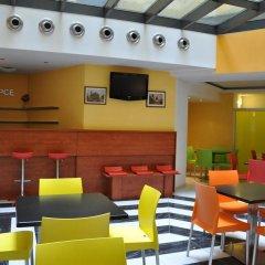 Отель City Central De Luxe Чехия, Прага - 5 отзывов об отеле, цены и фото номеров - забронировать отель City Central De Luxe онлайн гостиничный бар