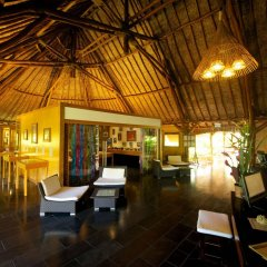 Отель Maitai Lapita Village Huahine гостиничный бар