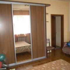 Гостиница Galina Guesthouse Украина, Бердянск - отзывы, цены и фото номеров - забронировать гостиницу Galina Guesthouse онлайн комната для гостей