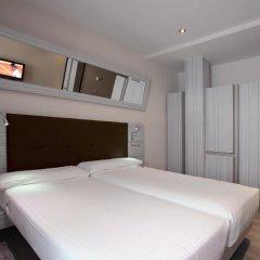 Отель Petit Palace Puerta del Sol комната для гостей фото 4