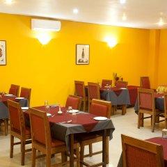 Отель Royal Astoria Hotel Непал, Катманду - отзывы, цены и фото номеров - забронировать отель Royal Astoria Hotel онлайн питание фото 3