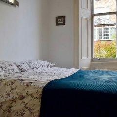 Отель 1 Bedroom Townhouse Apartment in Notting Hill Великобритания, Лондон - отзывы, цены и фото номеров - забронировать отель 1 Bedroom Townhouse Apartment in Notting Hill онлайн комната для гостей фото 2